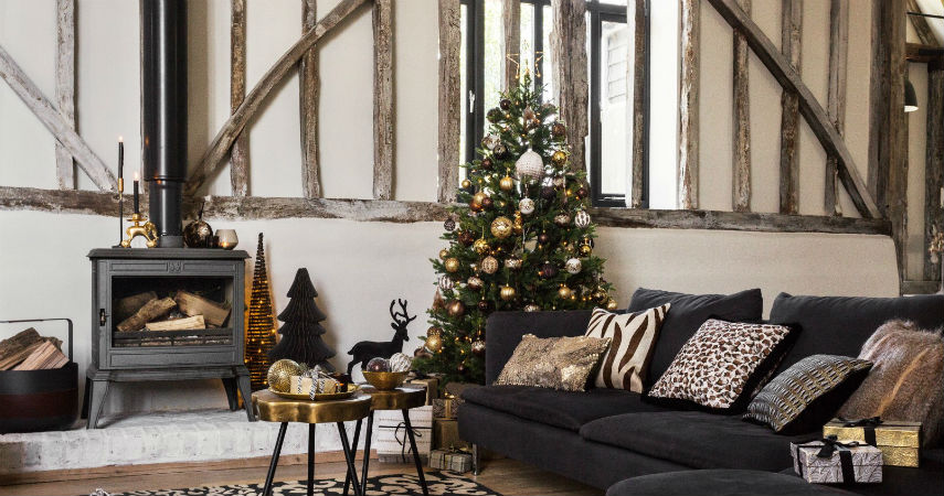 How to be the perfect host this Christmas